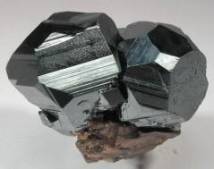 hematita-mineral-reiki.jpg